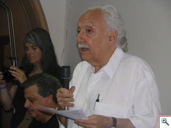 """Arrate, un curtido izquierdista que busca reinstalar el """"allendismo"""" en Chile"""