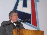 Arturo Martinez  dirigente de la CUT. La pemanencia en el poder corrompe.
