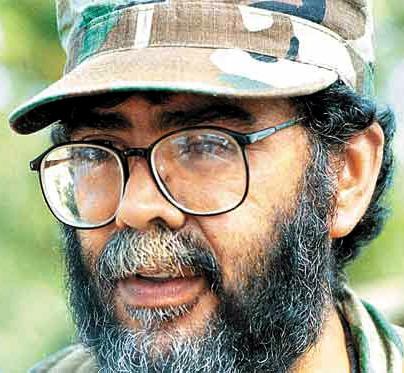 Alfonso Cano, líder de la lucha contra el saqueo y empobrecimiento, asesinado por los bombardeos químicos del régimen colombiano