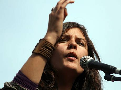 Camila Vallejos, la muchacha comunista que saco al pueblo de Chile del retargo politico.