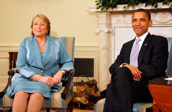 Obama+Meets+President+Chile+Michelle+Bachelet+wqqyp-anShzl.jpg